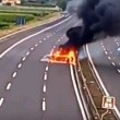Cesena, assalto a portavalori su A14. Auto in fiamme6