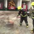 VIDEO YOUTUBE Coca cola può spegnere un incendio? 3