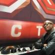 X Factor, Festus da rifugiato a casting del talent show 3