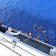 Mamma muore in mare: bimba 9 mesi sbarca sola a Lampedusa04