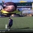 YOUTUBE Lionel Messi segna a super robot portiere giapponese