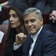 YOUTUBE George Clooney e Richard Gere premiati dal Papa 2