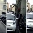 Beppe Sala, auto in doppia fila a Milano: foto Dagospia 02