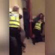 Poliziotti malmenati da due ragazzini di 15 e 16 anni3