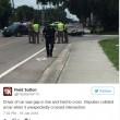 Prova a sfondare con auto corteo funebre vittima Orlando4