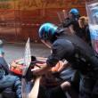Salvini a Bologna, scontri centri sociali polizia 07