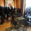 Salvini a Bologna, scontri centri sociali polizia 03