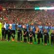 Suonano l'inno del Cile in campo c'è l'Uruguay5