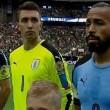 Suonano l'inno del Cile in campo c'è l'Uruguay4