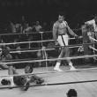 A Cassius Clay rubarono la bic