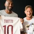 """Totti a Bryant: """"Sarà la mia ultima stagione e voglio che sia grande"""""""