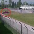 Albania, sulla pista dell'aeroporto con auto5