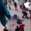 Il Cairo, vuole decapitare moglie: folla salva la donna