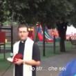 """""""Scemo ti sei fatto bocciare"""": sindaco Cerignola fa piangere bambino"""