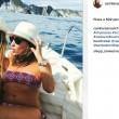 Camila Raznovich in barca a Ponza e... FOTO 6