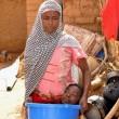 YOUTUBE Rahma, senza gambe né braccia: la ragazza che vive in una bacinella 2