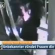YOUTUBE Brucia capelli ad una pendolare alla stazione della metro5