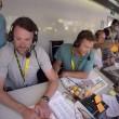 Tour de France, ai telecronisti della Bbc crolla la scrivania5