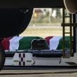 Dacca, in Italia le salme delle vittime: l'abbraccio di Mattarella FOTO 4