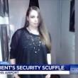 VIDEO YOUTUBE Ragazza disabile picchiata in aeroporto da agenti sicurezza5