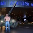 Golpe Turchia, civili sfidano militari e carri armati a petto nudo FOTO 2