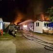 Jesolo, incendio distrugge bungalow in camping: nessun ferito 01