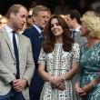 Kate Middleton e William, musi lunghi. Pare che Harry...