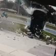 Florida, auto si ribalta quattro volte conducente sopravvive2