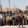 Isis taglia mano con mannaia a presunto ladro 3