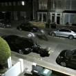 Ladro d'auto scappa dalla polizia in retromarcia2