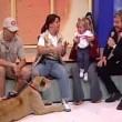 Messico, leone cerca di aggredire bambina in diretta7