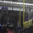 Rio 2016, pietre contro navetta giornalisti Parco Olimpico5