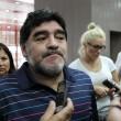 Maradona non può volare a Dubai: suo passaporto risulta falso