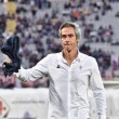 Fiorentina battute Qarabag 5-1 (3-0) in una partita dell'Europa League. Fiorentina (3-4-1-2): Tatarusanu 6; Tomovic 6, De Maio 6, Salcedo 6, Tello 5.5, Cristoforo 6.5, Sanchez 6 (1' st Vecino 6), Maxi Olivera 6, Bernardeschi 6.5 (16' st Chiesa 6), Babacar 7, Kalinic 7 (17' st Zarate 7). (1 Lezzerini,31 Milic, 5 Badelj, 20 Borja Valero). All. Sousa 6.5. Qarabag (4-2-3-1): Sehic 6.5, Medvedev 5.5, Sadygov 5, Yunuszada 4.5, Agolli 5.5, Michel 5.5, Richard Almeyda 5.5, Ismayilov 5.5 (16' st Muarem 6), Amirguliyev 5.5, Quintana 6 (1' st Huseynov 5), Reynaldo 5 (39' st Ndlovu 6). (1 Saranov, 2 Garayev, 18 Gurbanov, 91 Diniyev). All. Gurbanov 5.5. Arbitro: Drachta (Aut) 5. Reti: nel pt 39' e 46' Babacar, 43' Kalinic; nel st 18' e 33' Zarate, 46' Ndlovu. Angoli: 7-3 per la Fiorentina. Recupero: 1' e 2' Espulsi: Yunusszada al 29' pt per fallo da ultimo uomo. Ammoniti: Sanchez, Medvedev, Michel per gioco scorretto, Zarate per comportamento non regolamentare. Spettatori: 14.145, incasso 139.054 euro. ** I GOL ** - 39' pt : Kalinic batte una punizione dal limite, sulla respinta del portiere raccoglie in acrobazia Babacar che non sbaglia mira. - 43' pt: Tello serve Cristoforo che di tacco innesca Kalinic pronto a raccogliere e a depositare la palla in rete. - 46' pt: accelerazione di Kalinic sulla corsia destra da dove serve in mezzo per Babacar che non ha problemi a superare Sehic. - 18' st: gran tiro dalla distanza di Zarate, appena entrato, sul quale nulla può il portiere del Qarabag. - 33' st: Quinto gol dei viola ancora a firma di Zarate, stavolta con una bella punizione. - 46' st: Gol della bandiera del Qarabag con Ndlovu che pesca l'angolino giusto.
