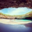 Playa del Amor, spiaggia paradiso nel cratere