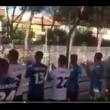 Pisa, calciatori festeggiano con tifosi fuori dallo stadio9
