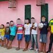 Brasile, volevano una figlia femmina: dopo 20 anni hanno 13 maschi...