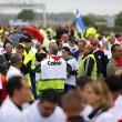 """Calais. Camionisti e agricoltori bloccano autostrada: """"Chiudete campo profughi"""" FOTO 2"""