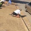 Usa, in overdose da eroina coppia di sessantenni: passanti ridono e filmano3