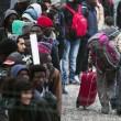 Calais, migranti sgomberati dalla Giungla dopo notte di scontri e tensioni con la polizia FOTO VIDEO 2