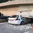 Milano-Lecco: crolla cavalcavia su statale 36, tir finisce su auto: un morto3