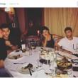 Belen Rodriguez e Iannone a cena col fratello di lei: tutti sembrano annoiarsi 2