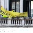 """Trieste, via striscione per Giulio Regeni dal Comune: """"Sciacallaggio politico del Pd"""" FOTO"""