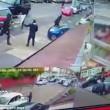 Birmingham, bande rivali si picchiano in strada con mazze e machete