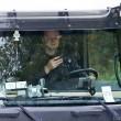 """YOUTUBE Travolge col tir intera famiglia: guidava col cellulare. Daily Mail: """"In tanti guidano col telefonino"""" FOTO2"""