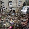 Tempesta Angus, inondazioni in tutta la Gran Bretagna: donna finisce in mare 3