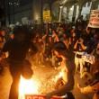 "Donald Trump ""Not my president"": proteste, maschere bruciate, arresti FOTO5"