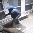 Rapinatore travestito da corriere Ubs, entra in casa e picchia proprietario7