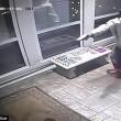Rapinatore travestito da corriere Ubs, entra in casa e picchia proprietario5