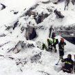 Hotel Rigopiano spazzato via dalla neve: oltre 25 dispersi e 2 morti